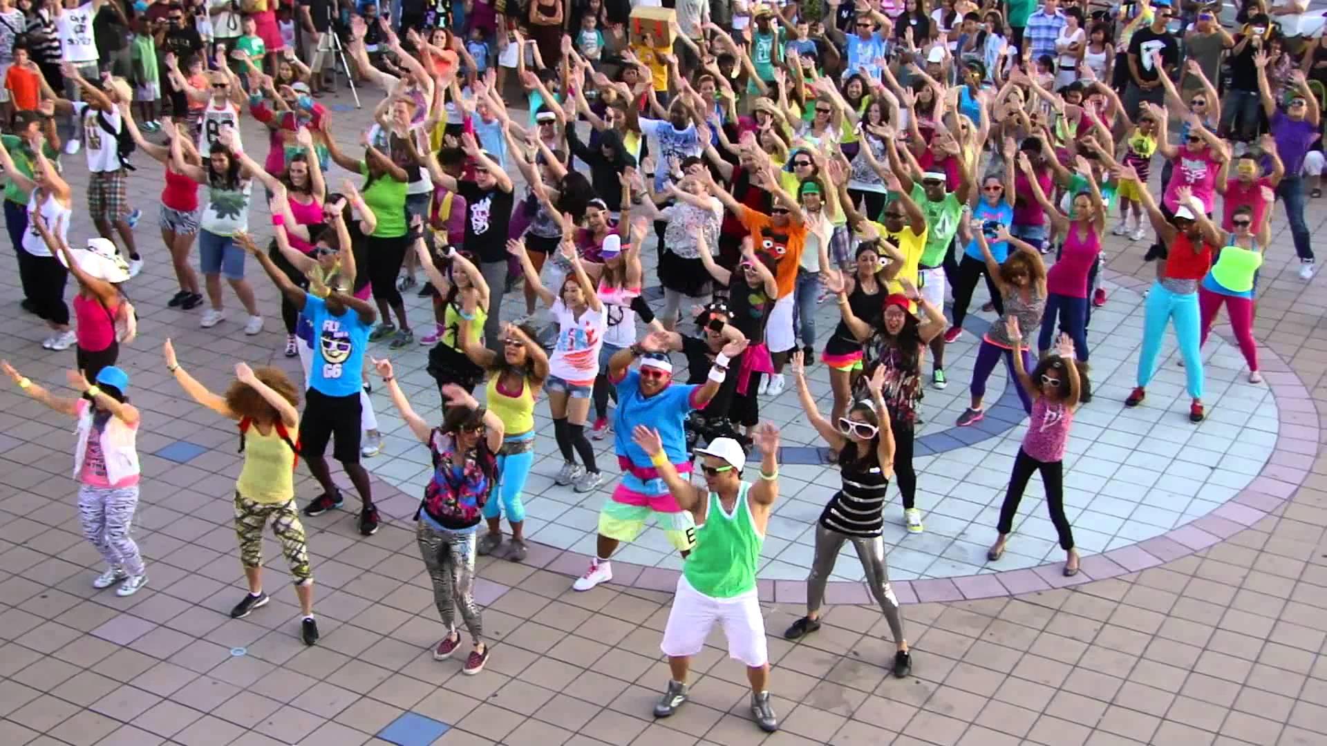 танцевальный флешмоб картинки сообщила одна участниц