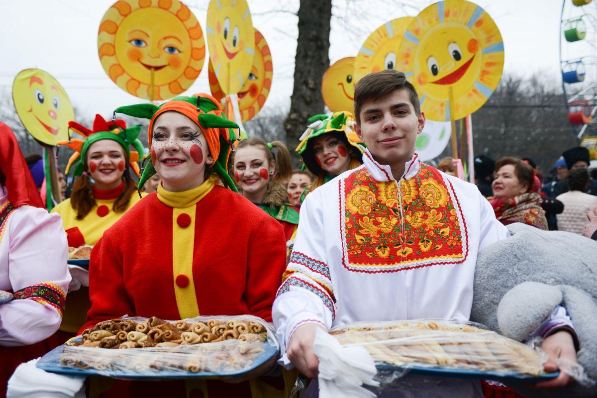 простое средство картинки про все праздники в россии краны