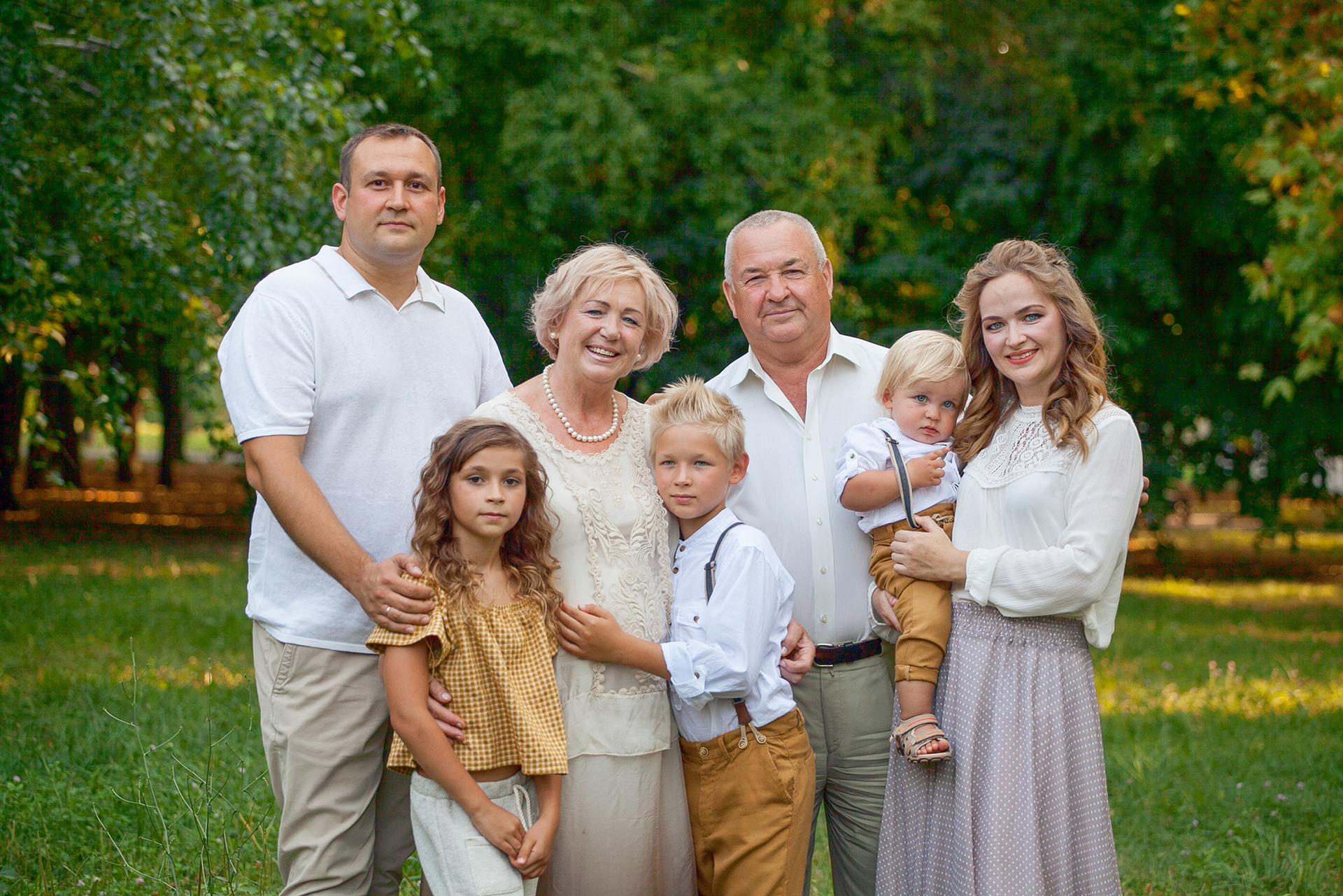 смотреть фото семьи швыдкова этой статьи том
